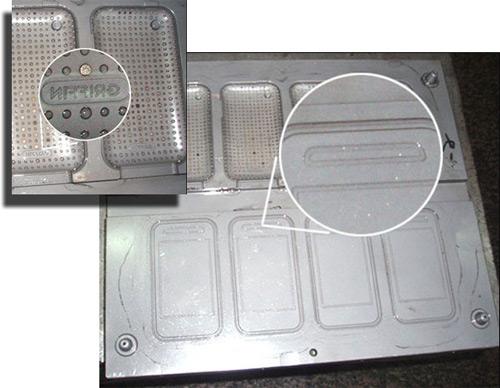 3g-iphone-case-molds.jpg