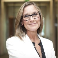 o-angela-ahrendts-highest-paid-facebook.jpg