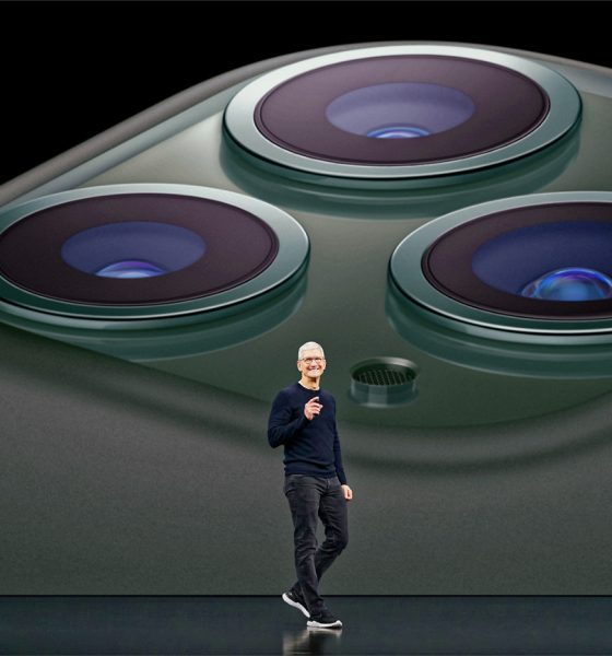 Tim Cook présente l'iPhone 11